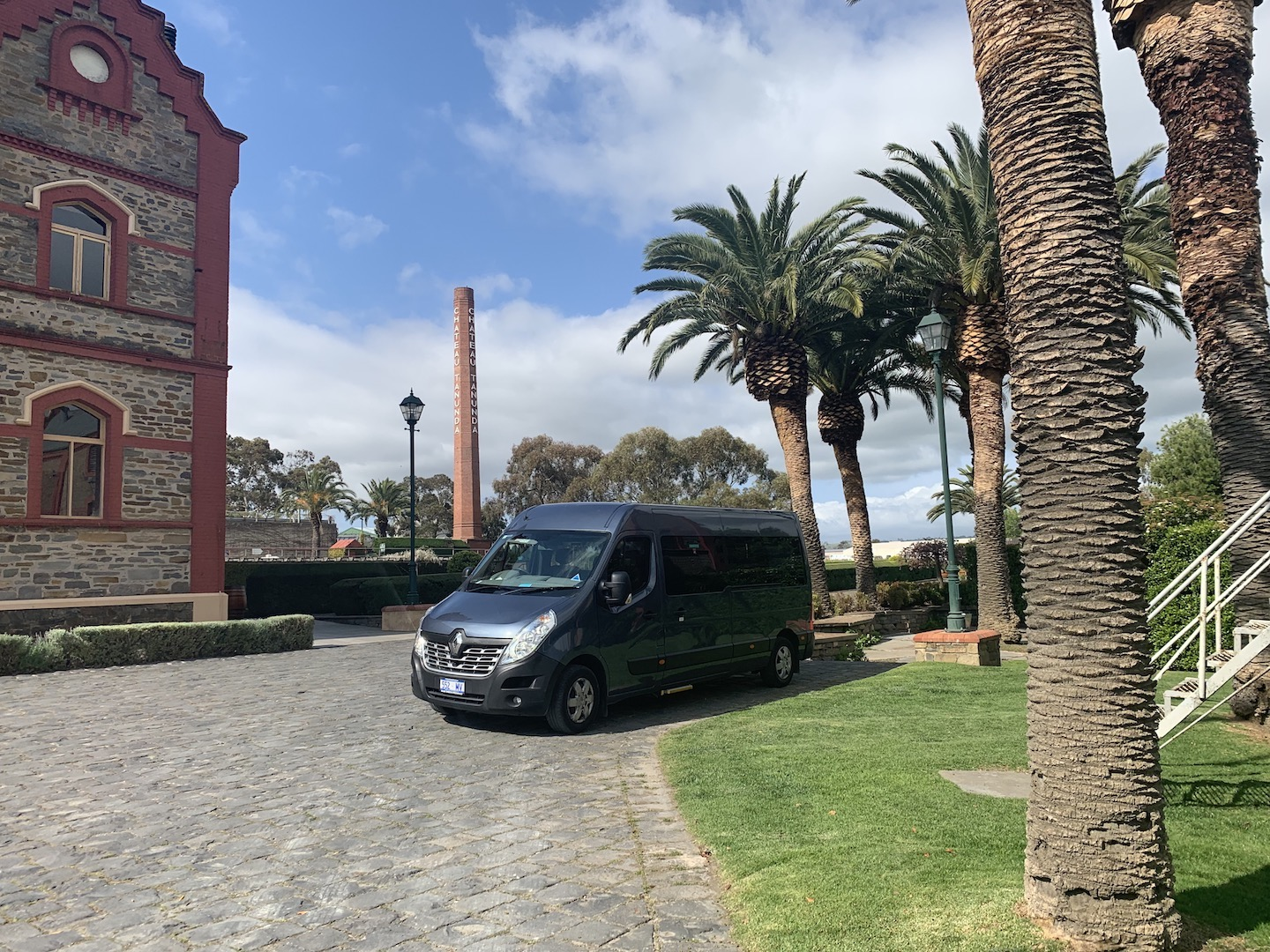 Private wine tasting tour in our blue luxury Renault Mater bus.